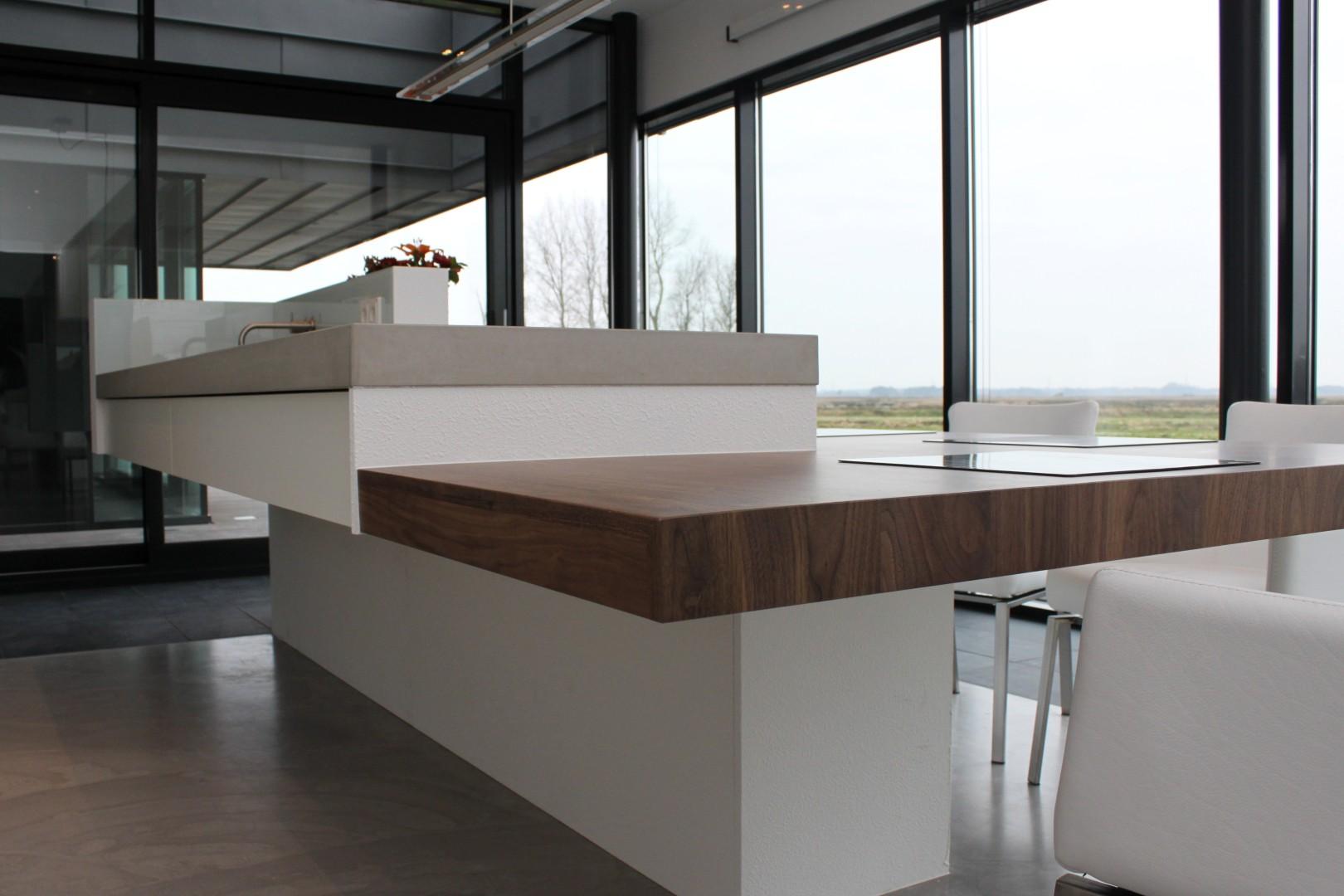 Moderne keukeneilanden - Tafel centraal eiland ...